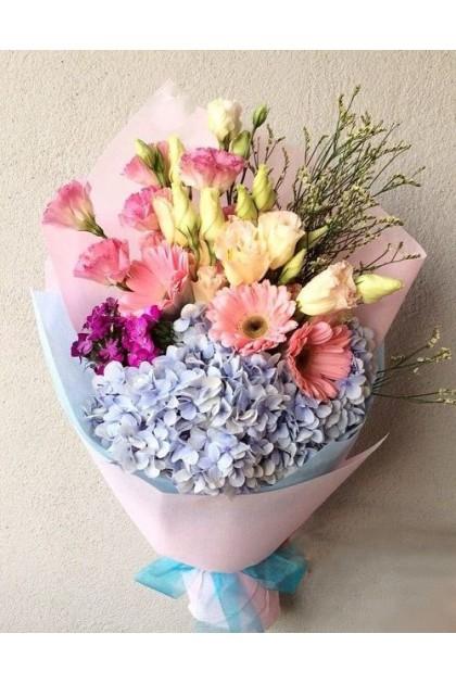 Hydrangea Mix Flowers Bouquet